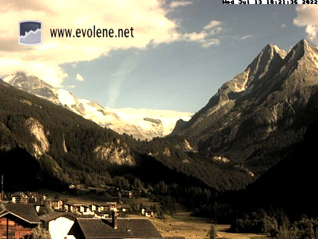Bellevue Lodge Evolene Webcam - Live View